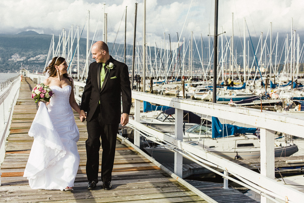 Royal Vancouver Yacht Club Wedding Photographer-06