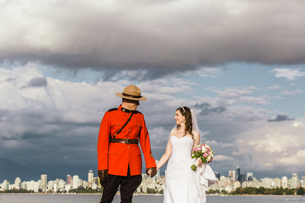 Royal Vancouver Yacht Club Wedding Photographer-13