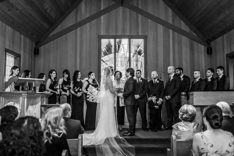 la-perla-ballroom-wedding-09