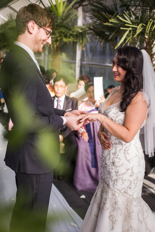 shangri-la-vancouver-wedding-32