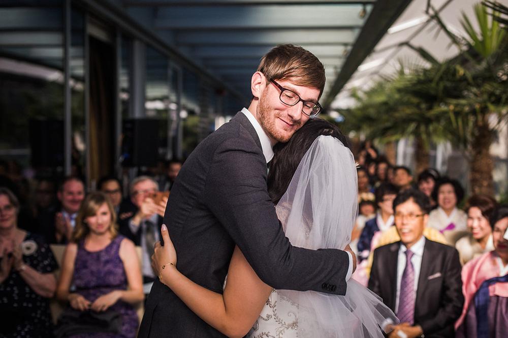 shangri-la-vancouver-wedding-33