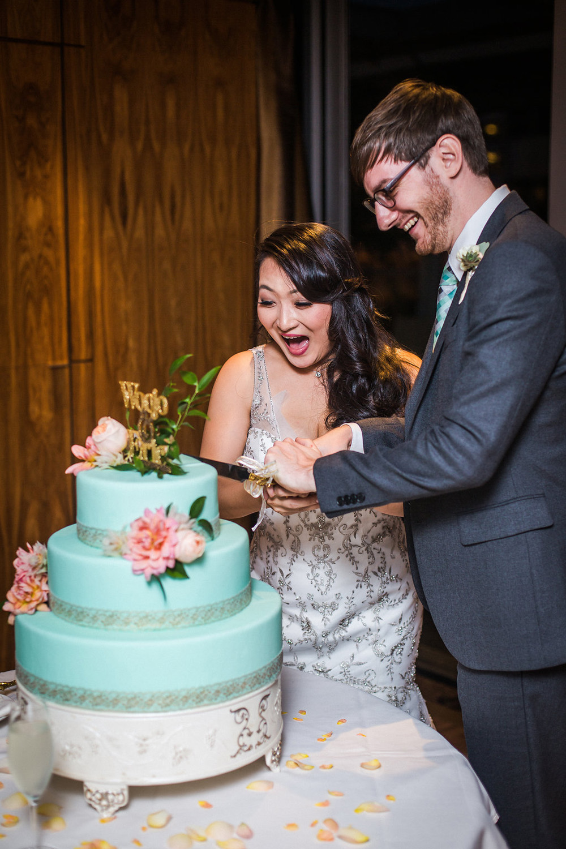 shangri-la-vancouver-wedding-40