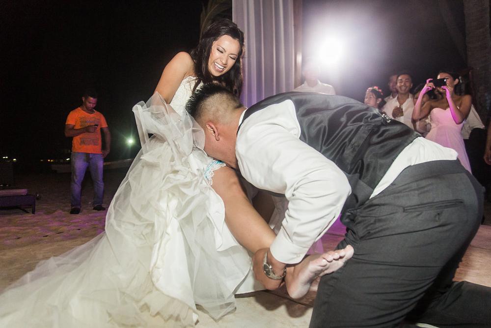 Huracan Cafe Wedding Photographer John Bello-28