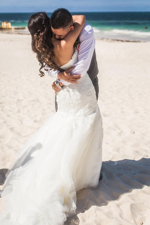 Punta Cana Weddings Photographer John Bello-04