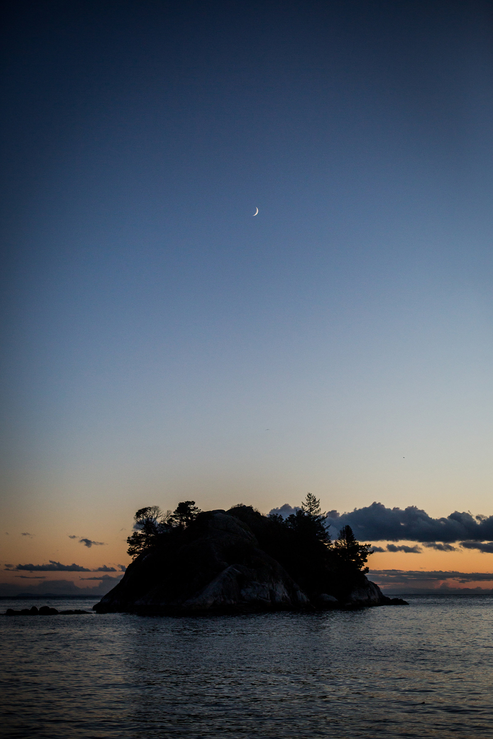 whytecliff Park engagement session-16