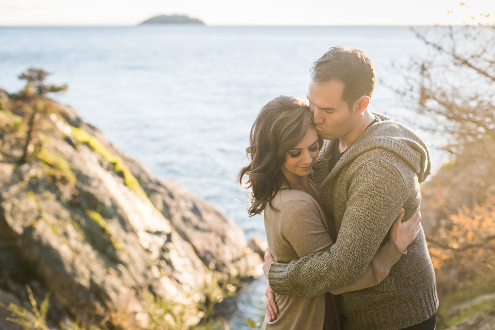 whytecliff Park engagement session-3