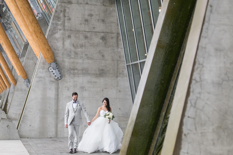 wedding at UBC Boathouse-11