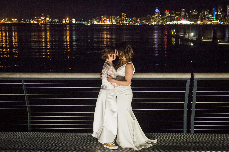 pipe shop lesbian wedding-28