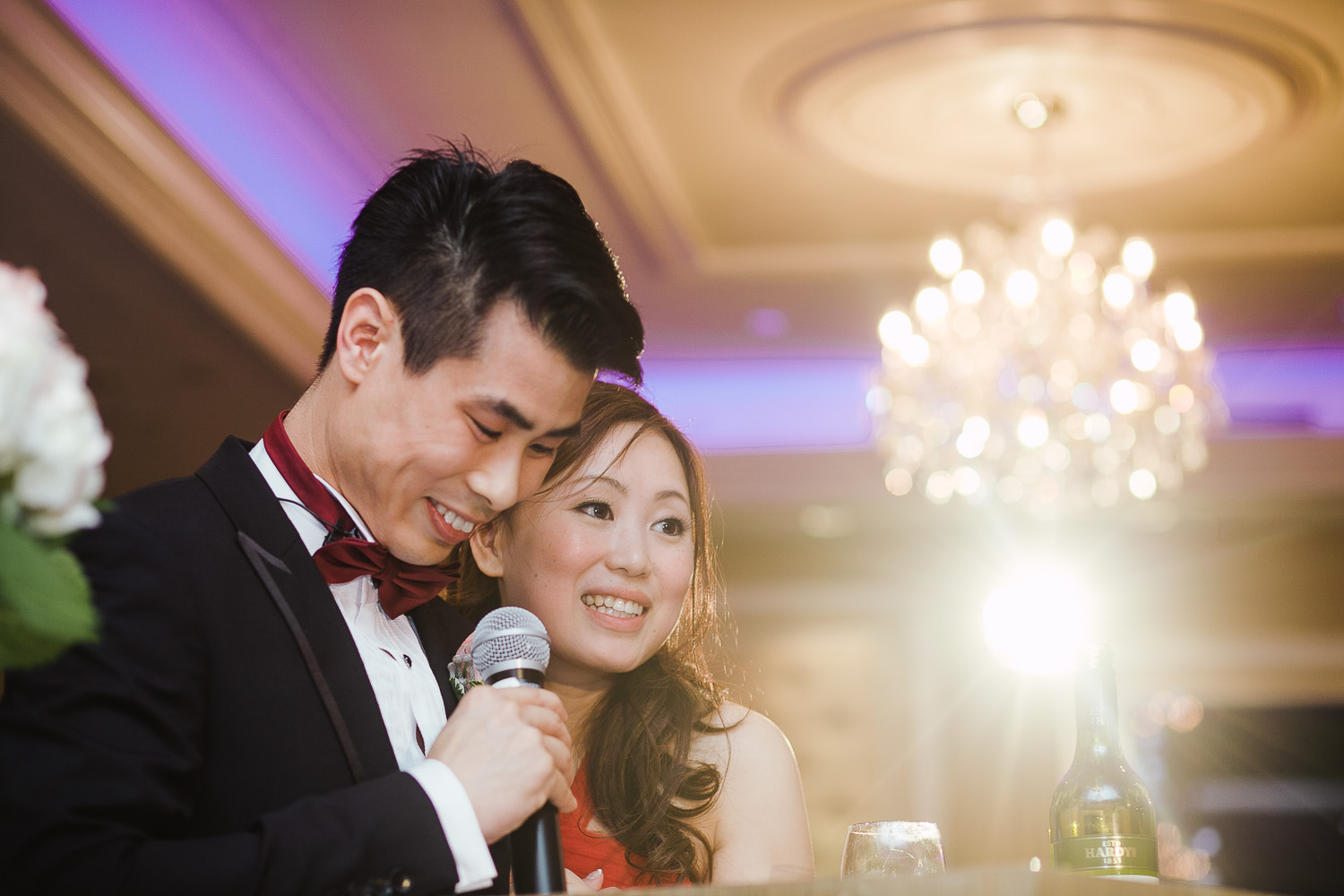 VANCOUVER WEDDING PHOTOGRAPHER | EMPIRE SEAFOOD RESTAURANT WEDDING