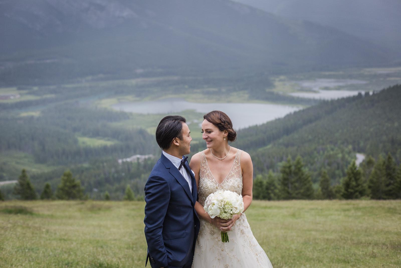 MOUNT NORQUAY WEDDING SNAPSHOTS – LINDSEY & NELSON