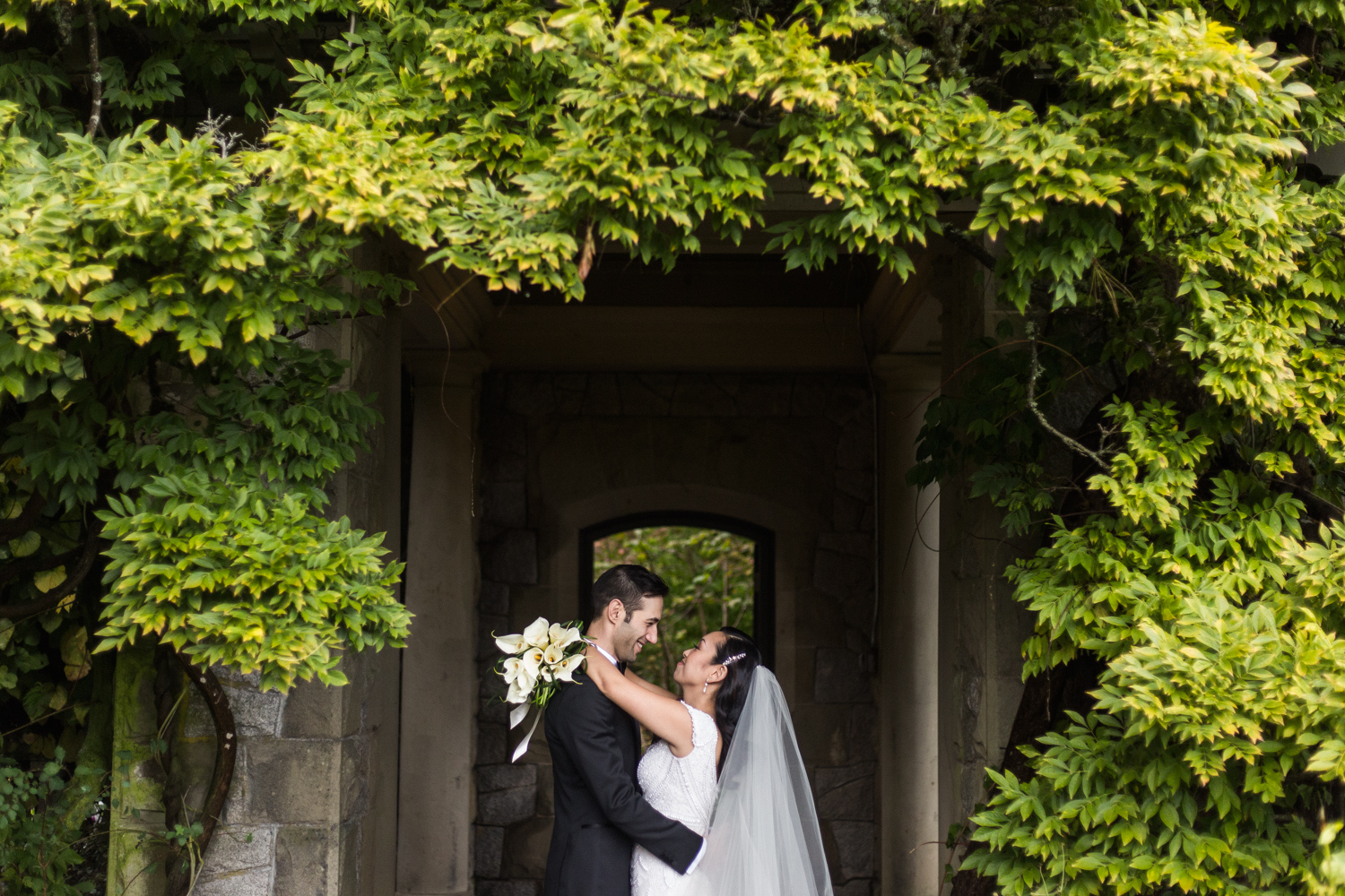 Hatley Castle Wedding – Tony & Davide