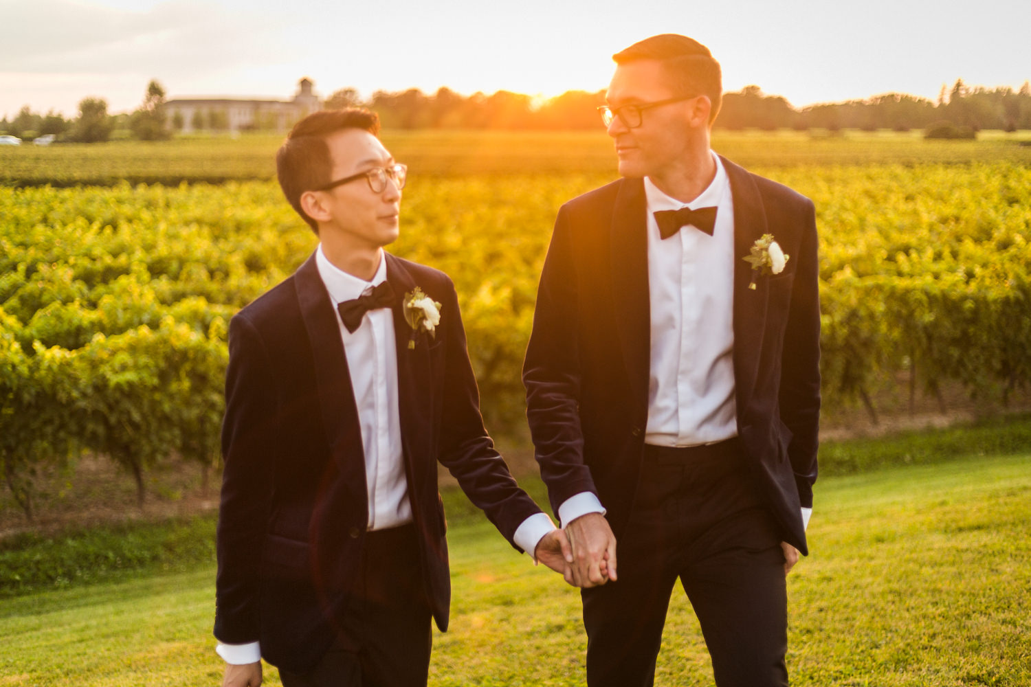 Niagara-on-the-lake Wedding Photographer – Dexter & Andrew